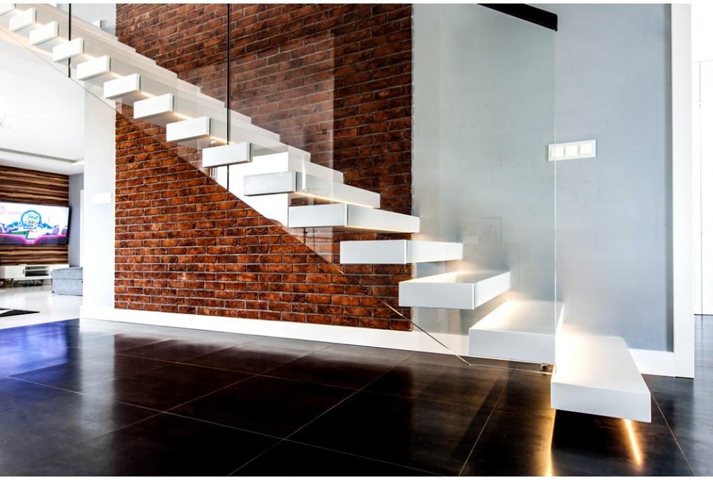 Автоматическая светодиодная подсветка ступеней лестницы